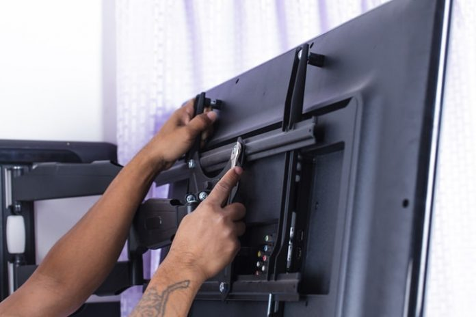Best articulating TV wall mounting unit