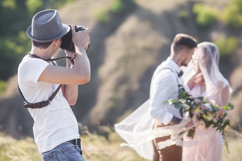 solo wedding photographer