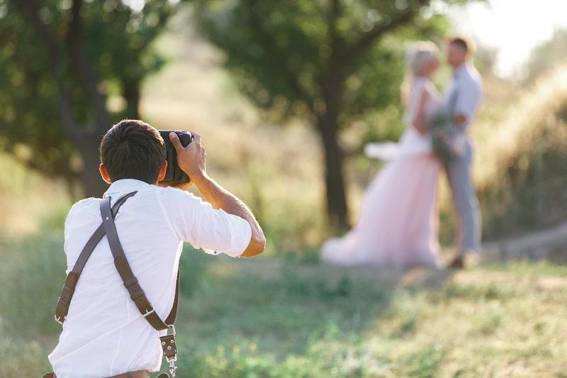 wedding photographer attire male
