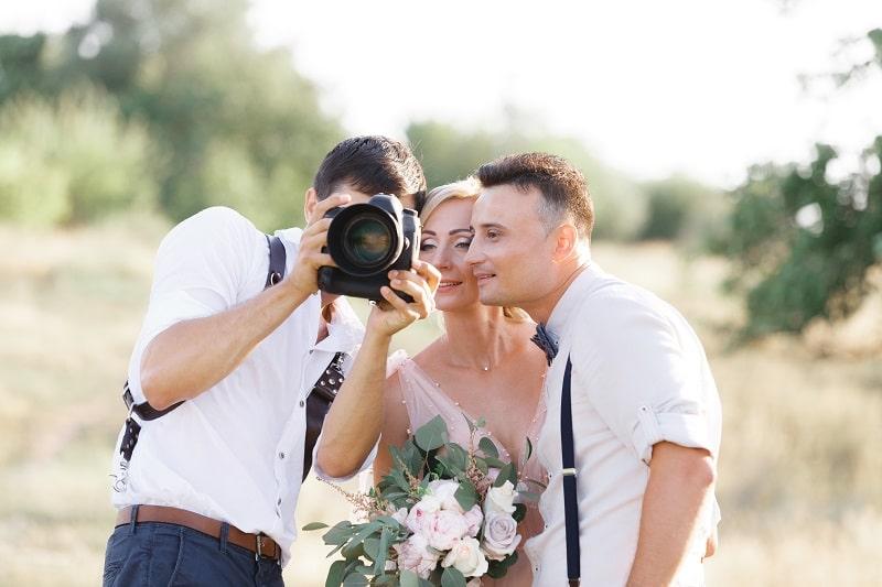 wedding photographer clothes